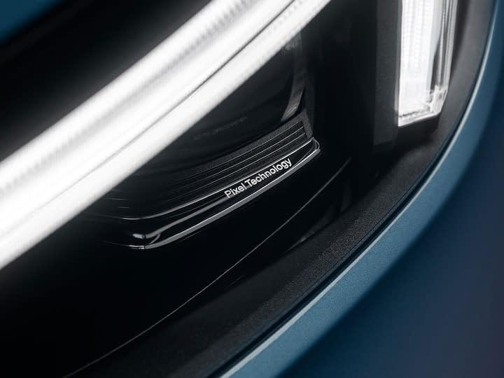 Volvo C40 Recharge Pixellys