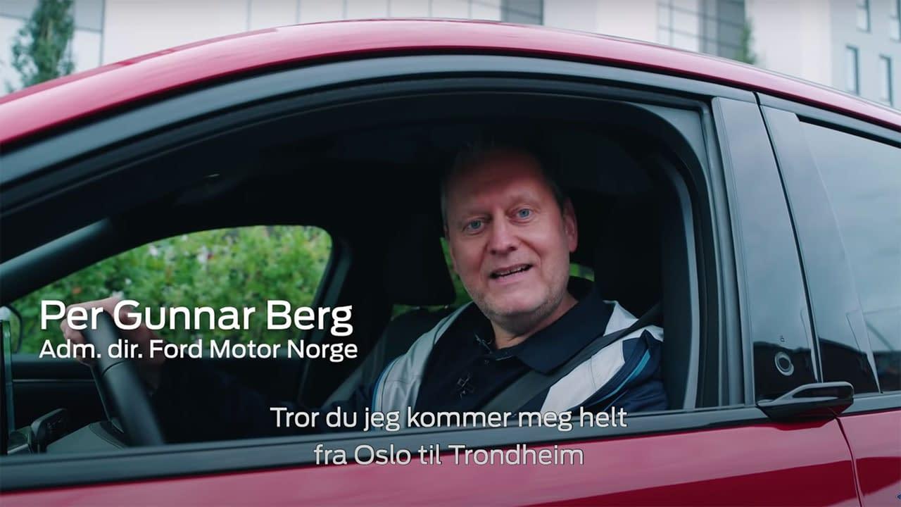 Ford Mustang Mach-E Trondheim-Oslo på en lading