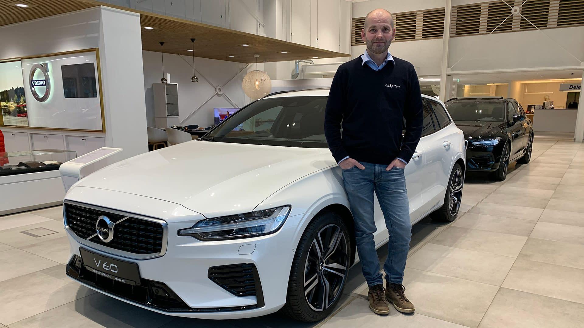 Jan Aas selger nesten nye biler hos bilSpiten på Kongsberg