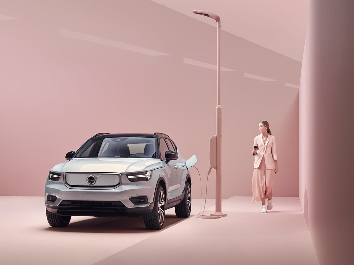 Volvo XC40 Pure Electric front
