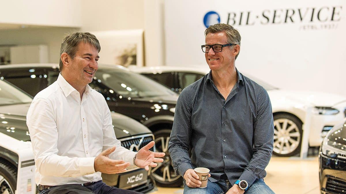Dag Liverød og Grant Larsen hos Bilservice