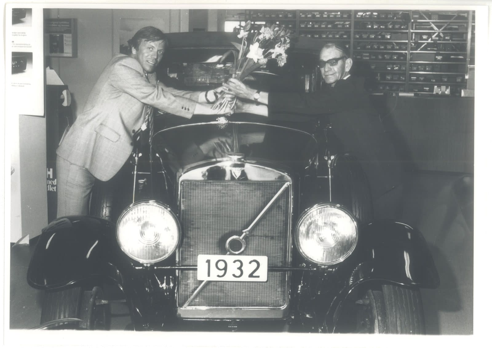 Historisk bilde fra Bilservice bilSpiten - les mer om oss og vår historie her.