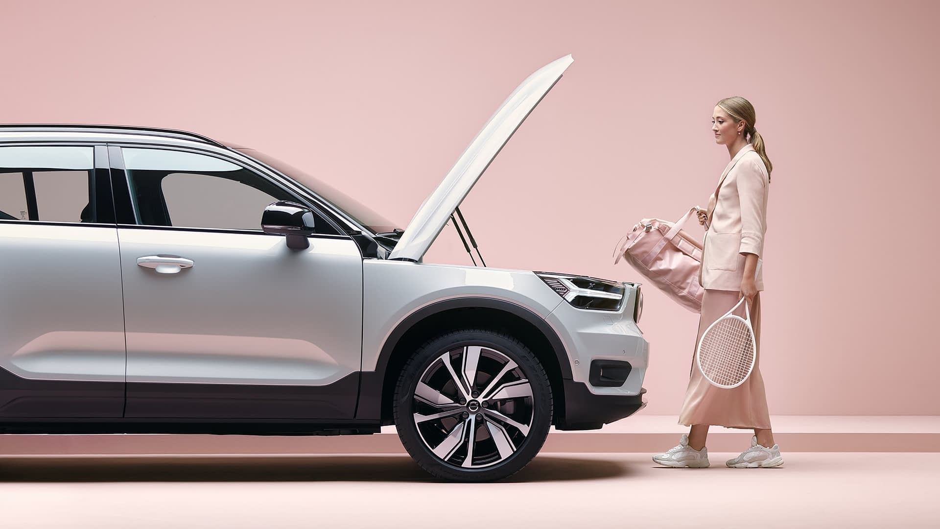 Volvo XC40 Pure Electric siden
