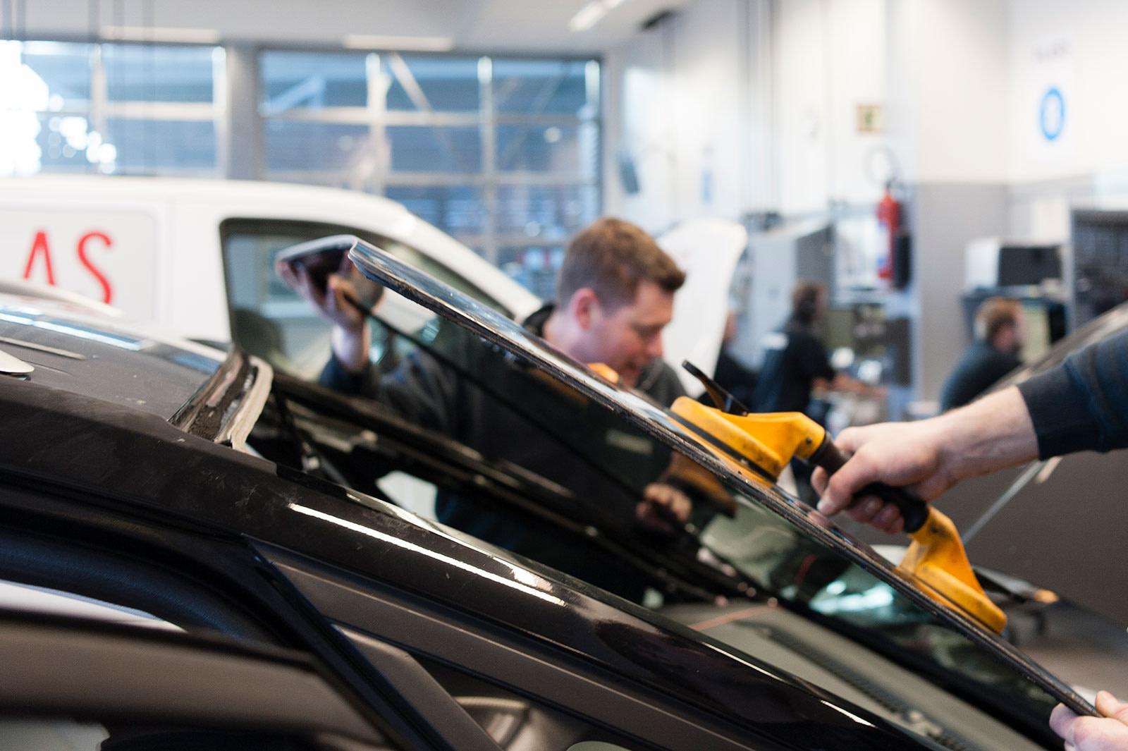 Løfter av rute med Smart Repair
