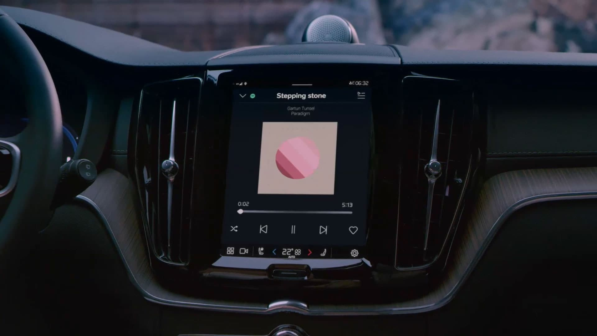 Volvo XC60 google assistant I bilen